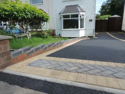 Tarmac Contractors Laying Driveway in Letchworth
